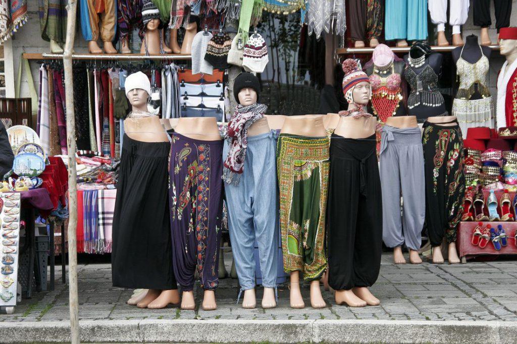 Kleidung für Indonesien Hosen