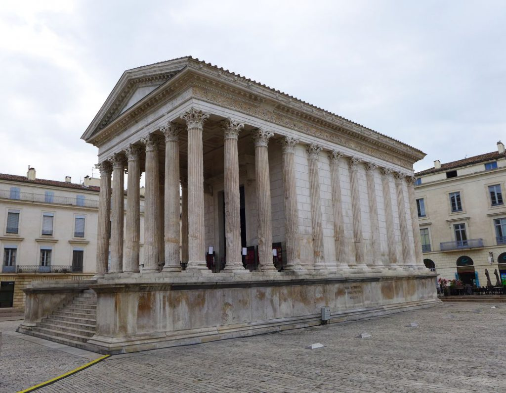 Tempel Maison Carée in Nîmes