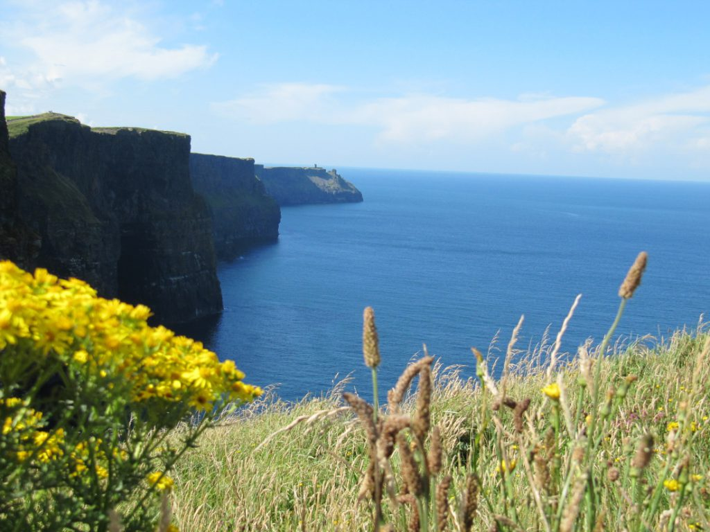 cliffs of moher doolin irland